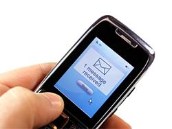 قابلیت دسترسی پیامک 3 برابر بیشتر از فیسبوک و سایر برنامه های پیام رسان است