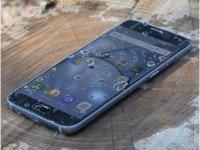 صفحه نمایش گوشی Galaxy S7 ضد آب است اما در زیر آب کار نمی کند