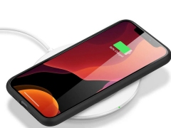 قاب سیلیکونی و محافظ صفحه آیفون AHAStyle Liquid Silicone Case iPhone 11