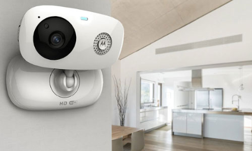 دوربین خانگی موتورولا Motorola Wi-Fi Home Video Two Cameras Focus66