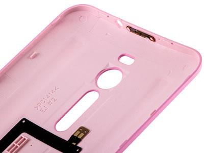 پوشش روی قطعات داخلی گوشی در درب پشت Zenfone 2