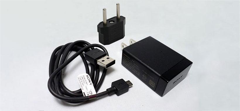 شارژر اصلی گوشی موبایل سونی EP880