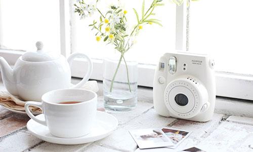 دوربین عکاسی فوجی فیلم Instax Mini 8 با قابلیت چاپ سریع تصاویر