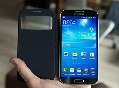 اندازه کیف محافظ کاملا منطبق بر اندازه Galaxy S4 است