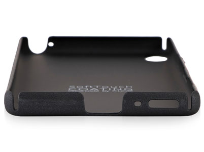 شیارهای تعبیه شده در گوشههای X-Level برای گوشی Xperia XA