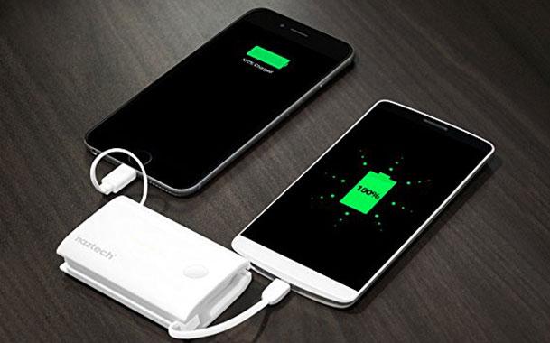 Naztech PB5000i Pocket دارای دو رابط