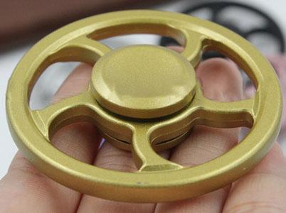 اسپینر چرخی فلزی برای کاهش اضطراب