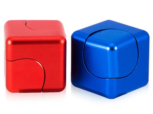 اسپینر مکعبی با ابعاد کوچک
