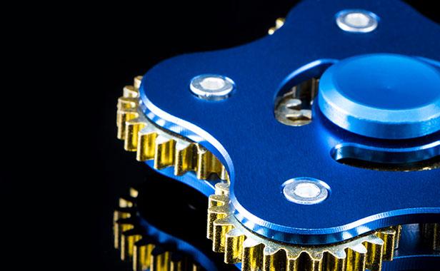 اسپینر فلزی پنج پره ای چرخ دنده ای fidget spinner
