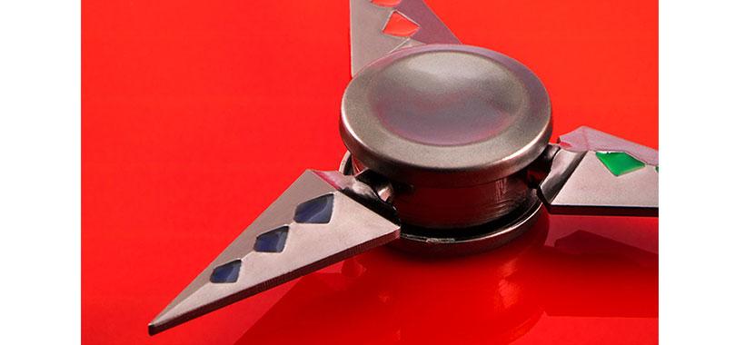 اسپینر فلزی سه پره ای طرح شوریکن