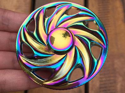 اسپینر فلزی چرخی رنگین کمانی