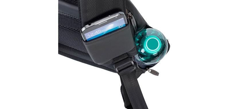 کوله پشتی ریواکیس با جیب روی بند برای قرارگیری گوشی