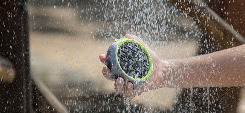 اسپیکر براون 105 مقاوم در برابر آب و شوک
