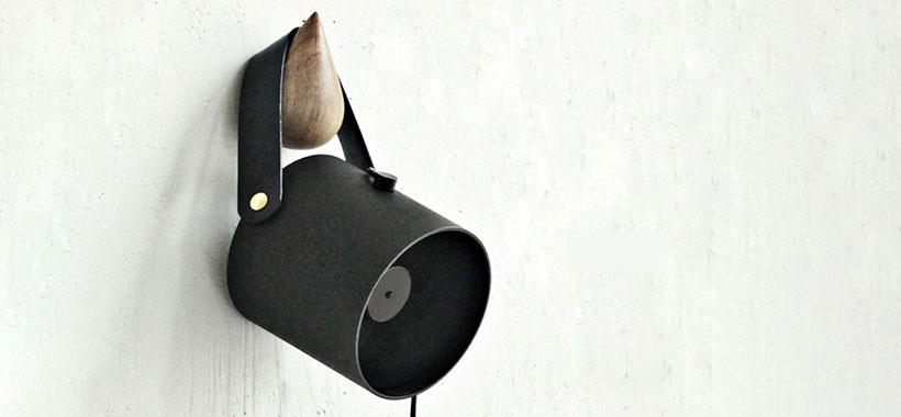 فن VH 104 USB Fan با قابلیت آویزان کردن از دیوار
