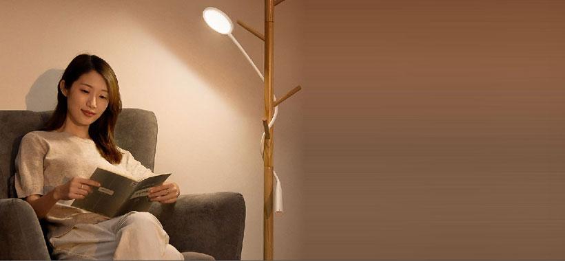 رندر رنگی چراغ مطالعه بیسوس House Desk Lamp