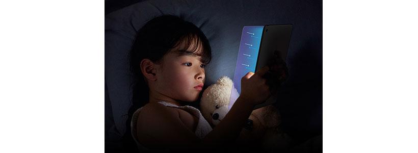 گلس ضداشعه آبی نیلکین iPad Air 2019/iPad Pro 10.5 2017