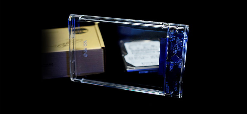 بدنه ی شفاف و مقاوم هاردباکس اوریکو