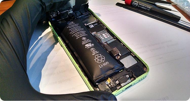چرا باتری ها باد می کنند