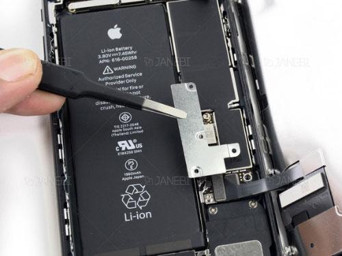 آموزش تعویض باتری iPhone 7