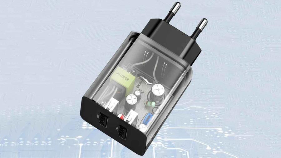 کنترل هوشمند ولتاژ در شارژر دیواری بیسوس مدل TC-012 EU