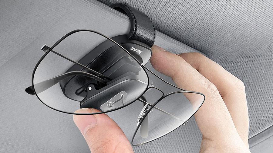 استفاده از مواد مرغوب در ساخت هولدر عینک بیسوس مدل Baseus Platinum Vehicle Eyewear Clip, Clamping Type