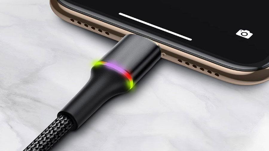 کابل شارژ  و انتقال داده لایتنینگ 3 متری بیسوس Baseus HALO Lightning Cable  3M دارای نور LED روی کانکتور لایتنینگ