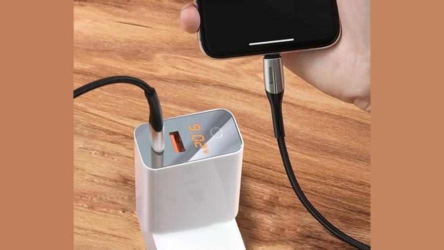 کابل شارژ و انتقال دیتای نیم متری تایپ سی به لایتنینگ بیسوس Baseus Horizontal PD Flash Charge Type-C to Lightning Cable 0.5M قابلیت شارژ سریع