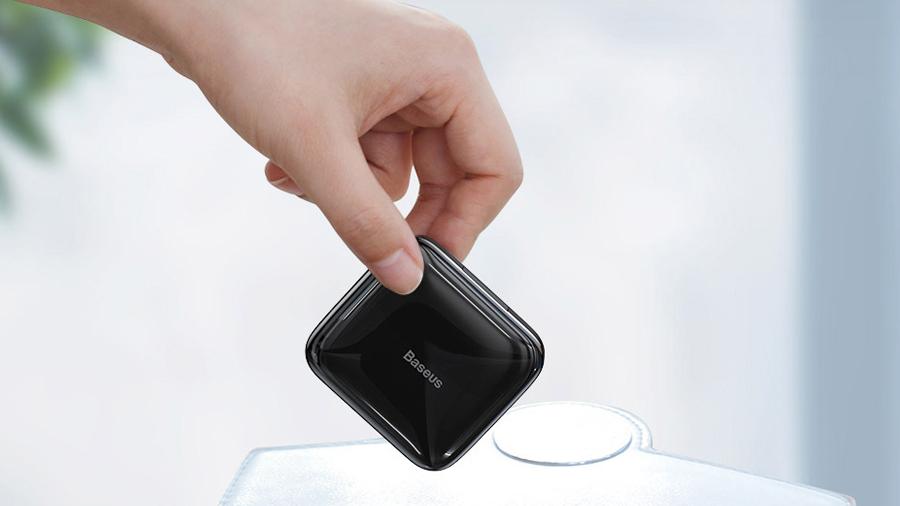 کیفیت ساخت بالای هاب USB بیسوس مدل Baseus Fully folded portable 4-in-1 HUB (USB2.0 to USB2.0x4 with power supply) Black