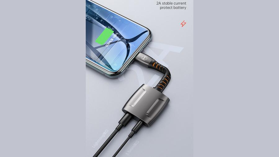 مبدل لایتنینگ به لایتنینگ و خروجی 3.5 میلیمتری صدا مک دودو MCDODO Lightning to Lightning and 3.5mm Cable 0.1M CH-634 قابلیت شارژ 2 آمپری