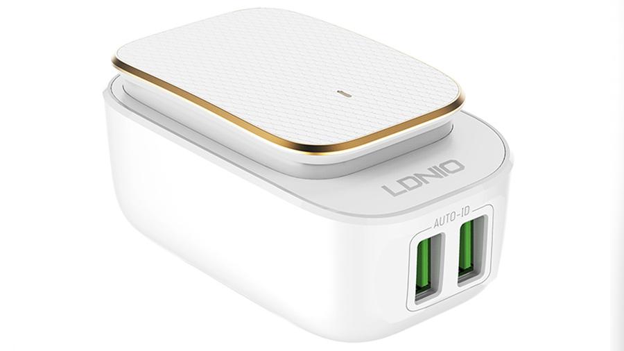 شارژر دیواری دو پورت و چراغ LED لمسی الدنیو LDNIO LED Touch Lamp With USB Charger