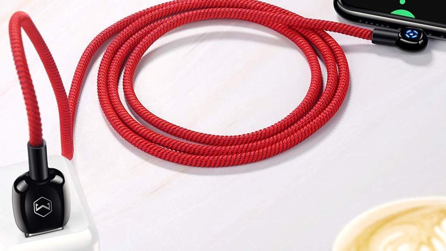 کابل شارژ و انتقال داده 1.5 متری تایپ سی مک دودو MCDODO 90° Auto Power Off Type-C Data Cable 1.5M CA-5923 دارای کیفیت ساخت بالا