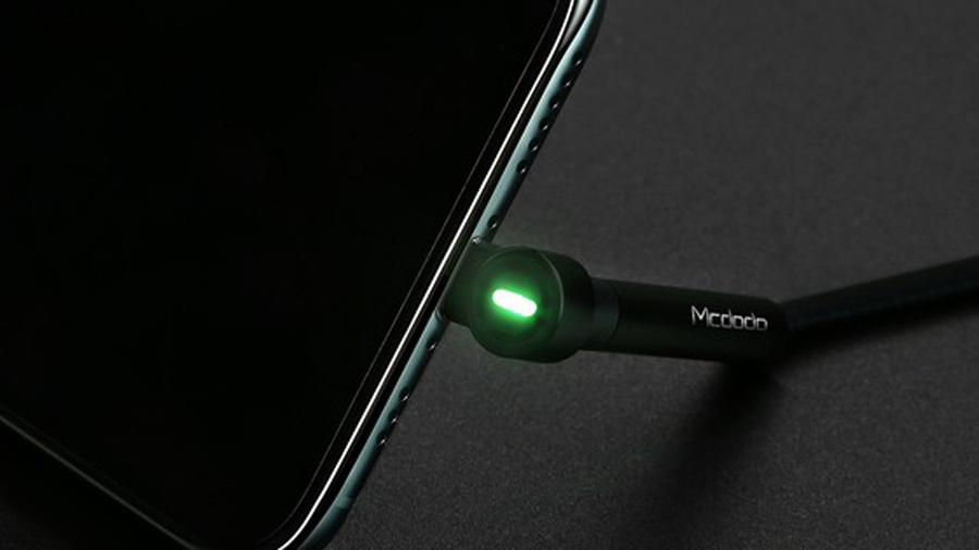 کابل شارژ و انتقال داده لایتنینگ با قابلیت استند مک دودو MCDODO Lightning Bracket Series 1.2M CA-667 دارای نشانگر LED