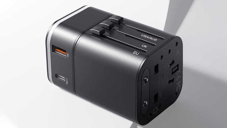 آداپتور شارژ سریع به همراه مبدل چند کاره پریز برق بیسوس Baseus Detachable 2-in-1 global conversion charger