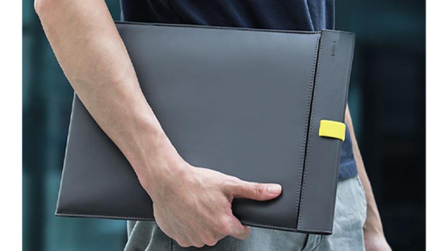 کیف چرمی مخصوص مک بوک بیسوس Baseus Traction Computer Bag دارای طراحی زیبا