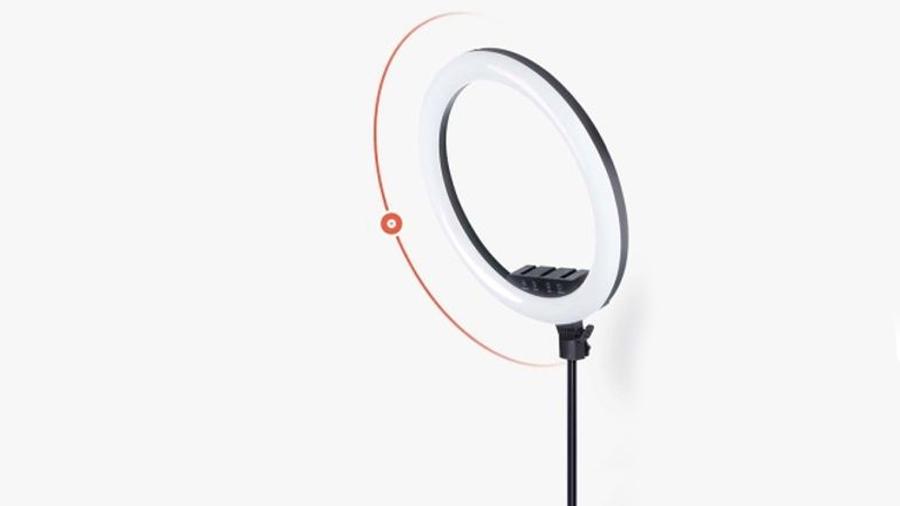 رینگ لایت 10 اینچی همراه با سه پایه جویروم Joyroom JR-ZS228 10inch Ring Light دارای قابلیت چرخش 360 درجه