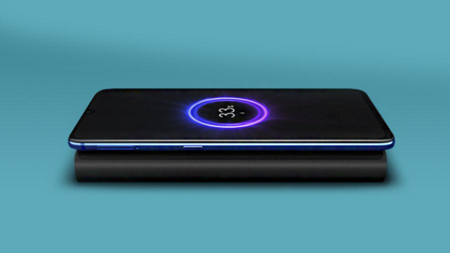پاوربانک 10000 میلی آمپر همراه با شارژ بیسیم شیائومی Xiaomi Mi Wireless Power Bank 10000 mAh دارای صفحه شارژ ایمن
